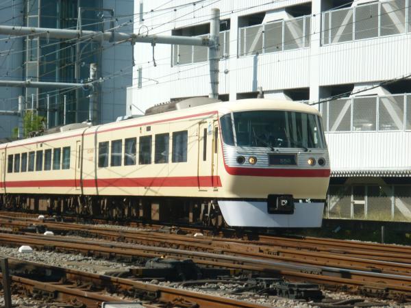 2013-09-28 西武10105F 特急池袋行き3