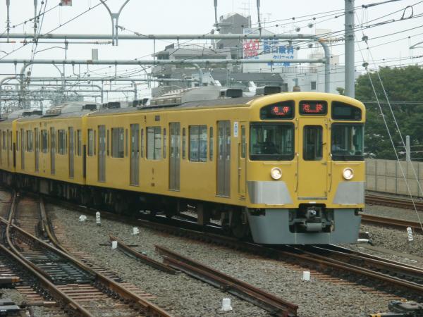 2013-10-06 西武2085F 各停池袋行き