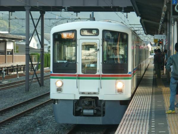 2013-10-06 西武4013F 急行池袋行き1