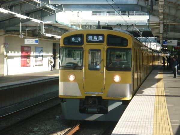 2013-11-16 西武2083F 各停豊島園行き