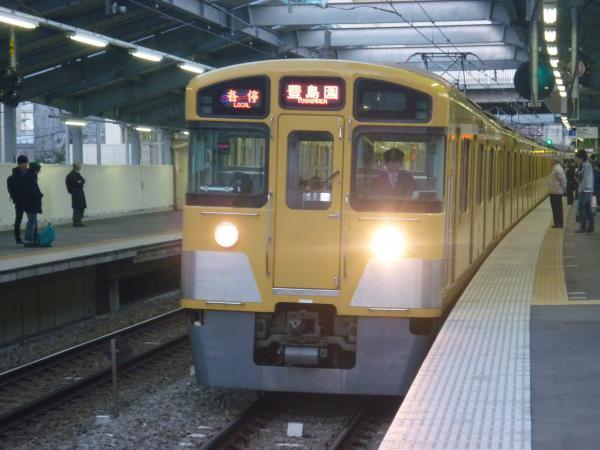 2013-11-20 西武2073F 各停豊島園行き1