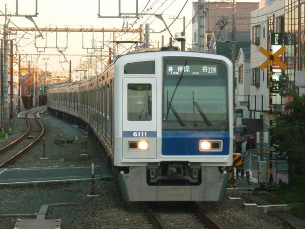 2013-11-23 西武6111F 各停保谷行き