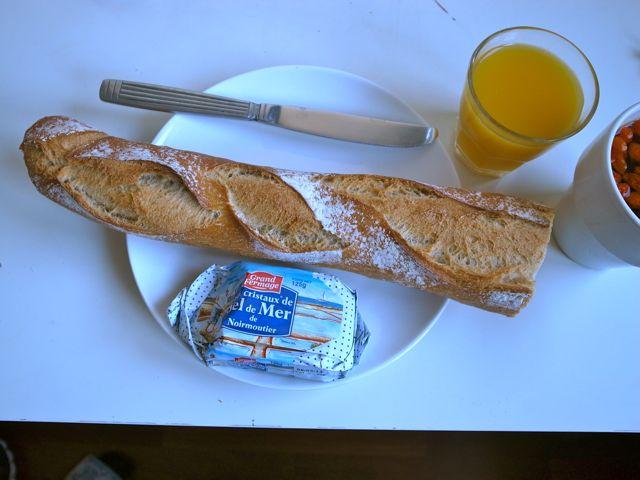パリの朝食1