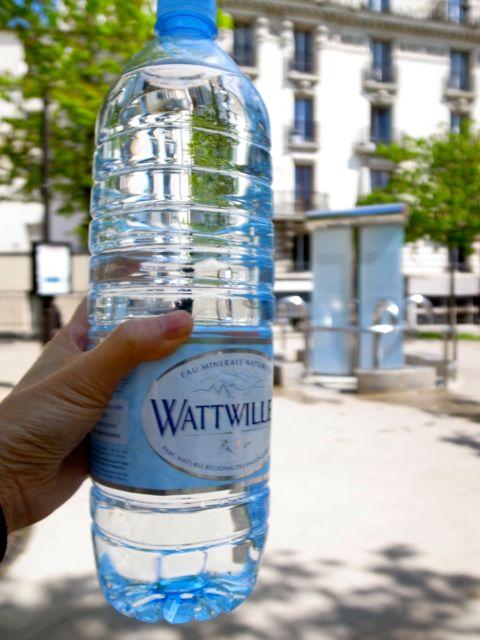 パリ 水汲み場3