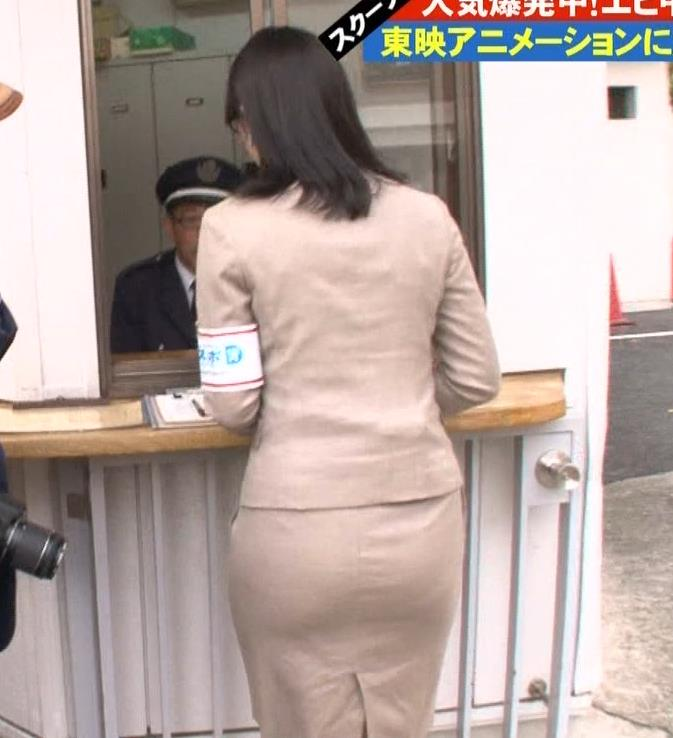 鷲見玲奈 タイトスカートキャプ・エロ画像2