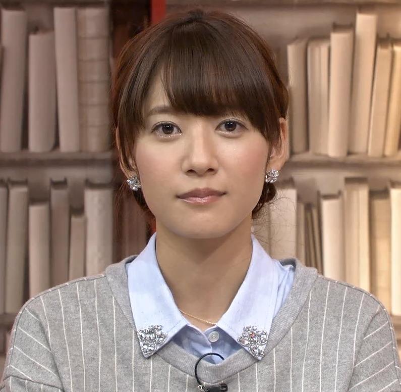 吉田明世 左手キャプ・エロ画像3
