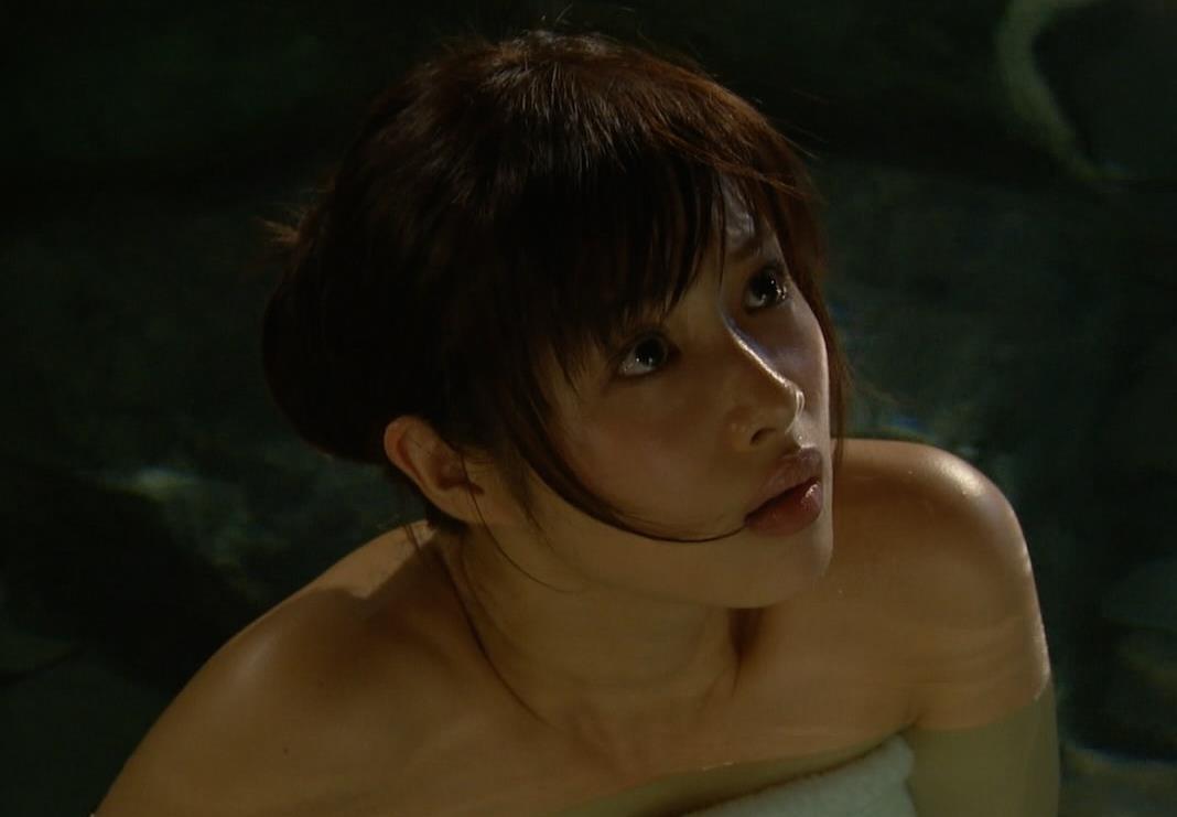 石原さとみ 入浴キャプ・エロ画像6