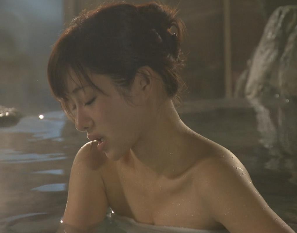 石原さとみ 入浴キャプ・エロ画像9