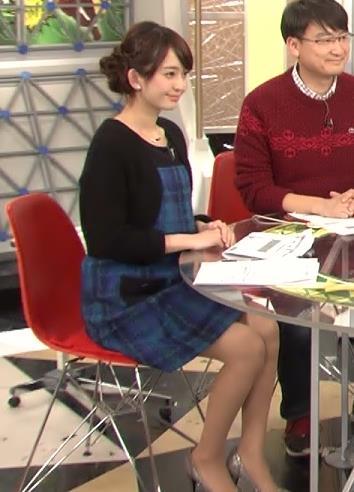 平原沖恵 ミニスカートキャプ・エロ画像2