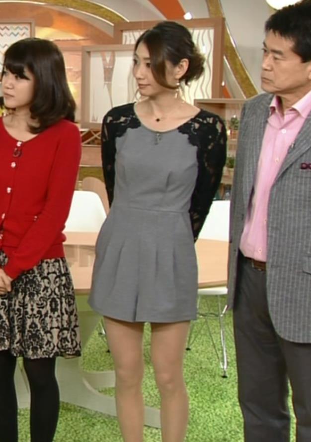 眞鍋かをり ミニスカートキャプ・エロ画像5