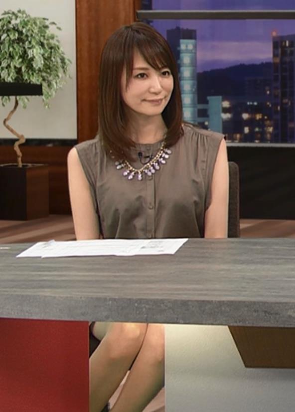石田紗英子 美脚キャプ・エロ画像2
