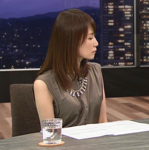 石田紗英子 美脚キャプ・エロ画像3