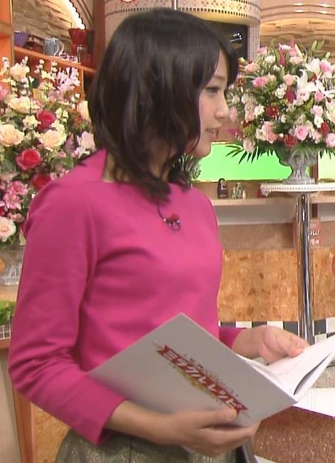 竹内由恵 横乳キャプ・エロ画像2