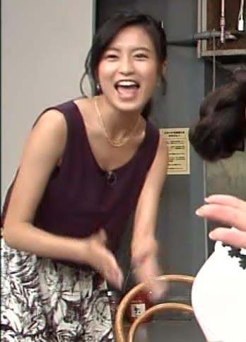 小島瑠璃子 胸ちらキャプ・エロ画像3