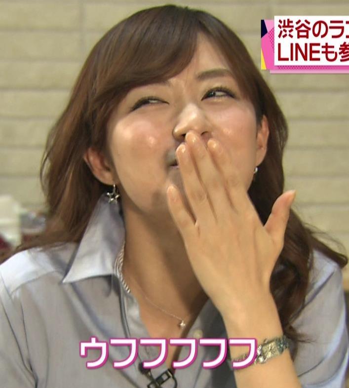伊藤綾子 肉を食べているところ (news every 20141206)キャプ・エロ画像5