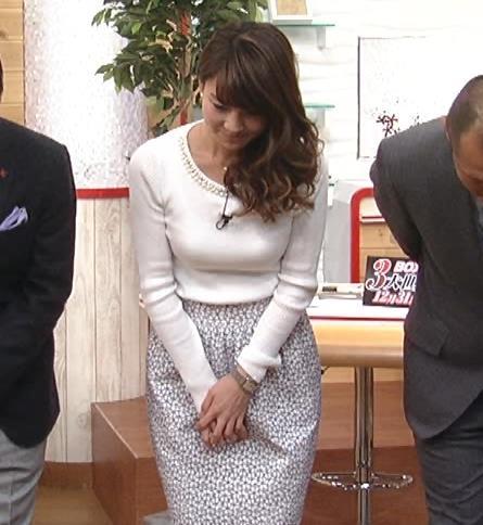 秋元玲奈 おっぱいキャプ・エロ画像