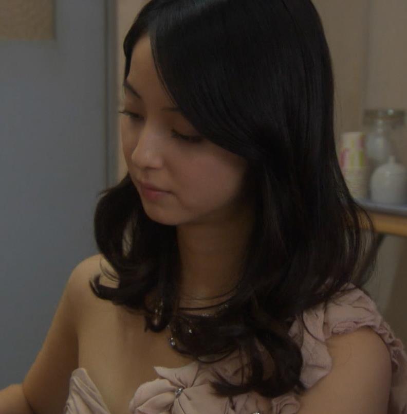 佐々木希 セクシードレスキャプ・エロ画像4