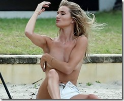 Rosie-Huntington-Whiteley- Topless-06 (2)