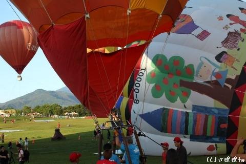 鹿野高台で熱気球23