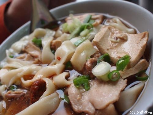 建宏牛肉麺11