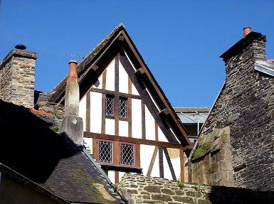 モルレー 旧市街の木組みの家REVdownsize