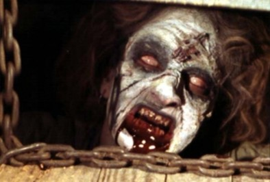 怖すぎて爆笑。死霊のはらわたの白眼顔