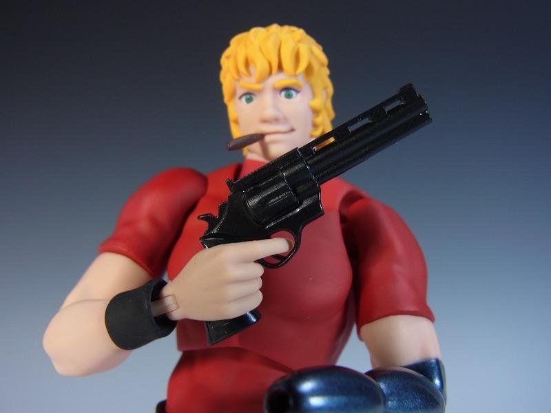 リボルバー式拳銃