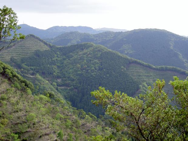 山岳重畳する淡路島のチベット??