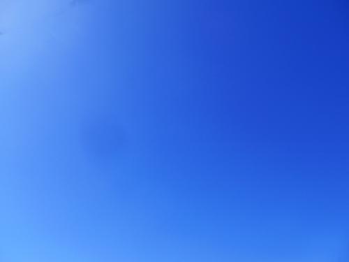 雲一つない、ブルースカイ