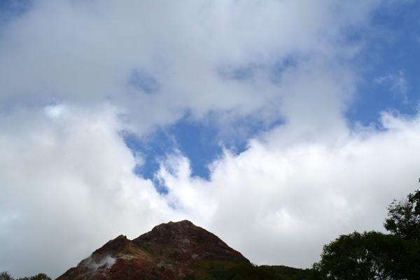 雲が口を開けて・・・