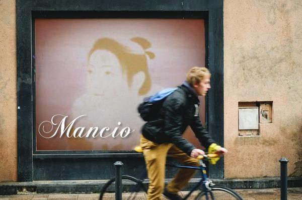 マンショ肖像 4 W600