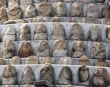 千体仏塔の石仏_H25.03.16撮影