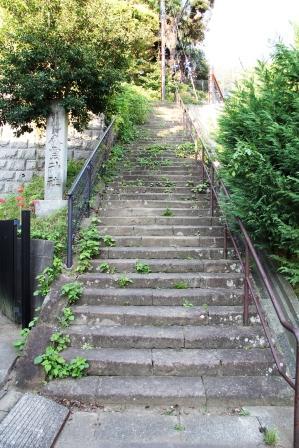 北鎌倉・八雲神社の石段_H25.09.29撮影