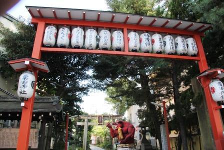 粟田神社参道_H25.10.12撮影
