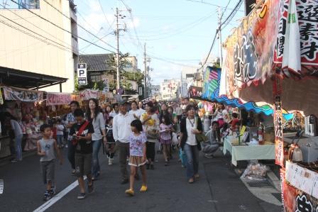 春日祭の露店_H25.10.13撮影