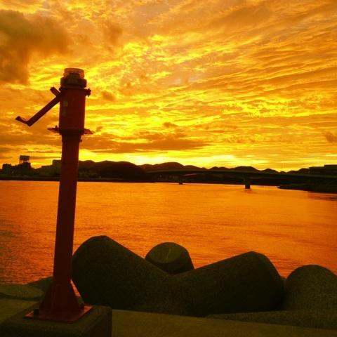 朝日 港 絶景 画像
