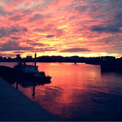 夕焼け 海 絶景 画像