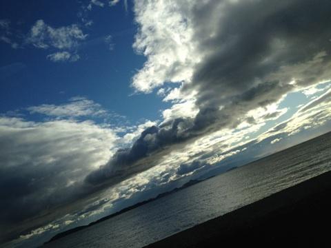 冬空 海 遠景 画像