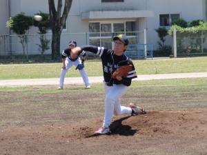 P5120091原口投手と中川新遊撃手