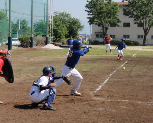 P51201445回表1死三塁から大須賀の投ゴロ野選で2対1と逆転