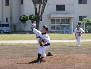 P5120123林田投手と森遊撃手