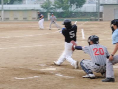 P5230376中川雅3点本塁打