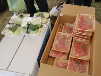 PB020055肉と野菜