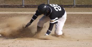 DSCF3812二塁盗塁和泉選手