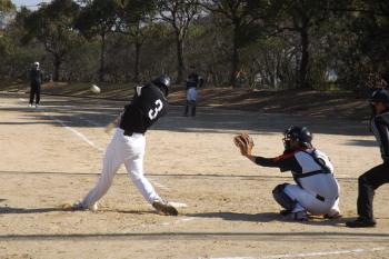 DSCF38325回表左越え二塁打