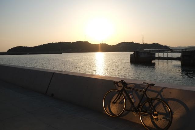 直島1019夕日ちゃり