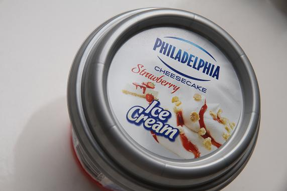 philadelphia cheesecake icecream2013