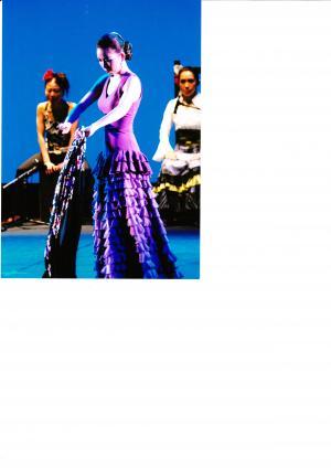 関根さん 紫