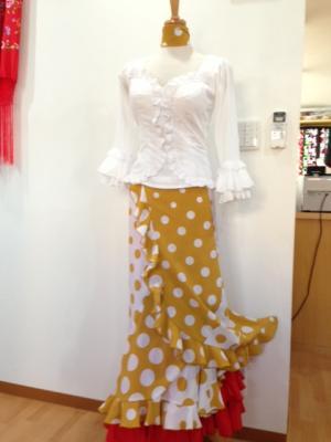 ゴールド&白水玉巻きスカート