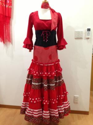 赤ブラウス&赤水玉ティアード ベルト付き